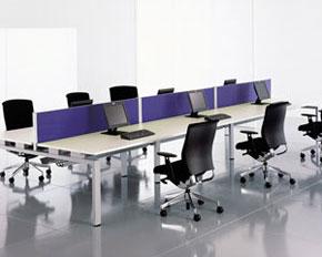 task desking with uninterrupted work-surface